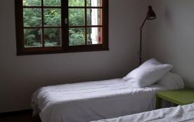 Chambre 2 les lits peuvent être joints pour un lit de 200 SUR