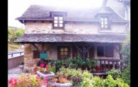 Maison indépendante - Vous séjournerez dans maison indépendante, située dans le village pittoresq...