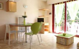 La Rochelle (17) - Les Minimes - Résidence La Rochelière 2. Appartement 1 pièce - 21 m² environ -...