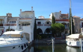 Port Argonautos - Belle maison adossée en situation privilégiée. Proche plages et centre-ville.