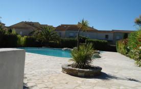 villa T3 dans résidence sécurisée avec piscine - bord de mer
