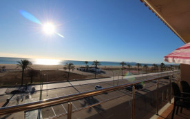 0083-BLAUCEL Apartamento en frente de la playa con piscinas comunitarias