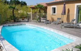 Gîtes Iris à proximité du village de Vallon Pont d'Arc, venez découvrir nos 6 villas de très bon ...