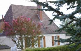 Detached House à SAINT PIERRE DE CHIGNAC