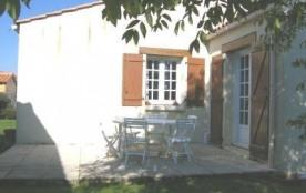 Maison 4 pièces de 90 m² environ pour 6 personnes situées à 4 km de Saint Gilles Croix de Vie et ...