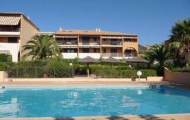 Appartement dans résidence avec piscine - Giens - Var