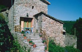 C'est un havre de paix qui vous attend dans ce petit hameau rénové avec grand confort (4 gîtes).