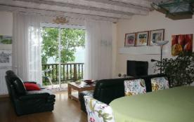 Maison à Rennes Les Bains dans l'Aude en Languedoc-Roussillon dans hameau ensoleillé