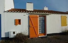 Maison 1 pièce de 21 m² environ pour 3 personnes située à 600 m de la mer et 1 km 500 du centre d...