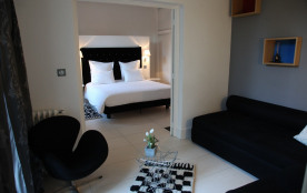 Suite TULIPE NOIRE / Chambres d'hôtes