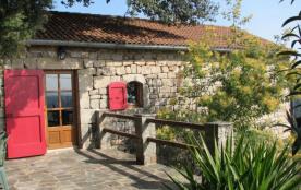 Gîtes de France Le Grand Chêne - Jolie maison indépendante au pied d'un grand chêne, dominant une...
