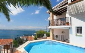 Villa 709BRA-010 - Maison simple et confortable et de 3 étages.
