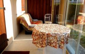 Dans résidence de vacances bord de mer à 500 m de la plage, du casino et des commerces de Royan P...