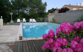 Maison de village au sein d'un village viticole avec jardin et piscine privée
