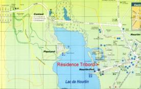 Carte du lac de Hourtin et à 10km l'océan