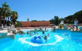 Le camping se situe entre les Maures et L'Esterel, à proximité de la mer, situé au cœur d'un espace naturel de 42 Hec...