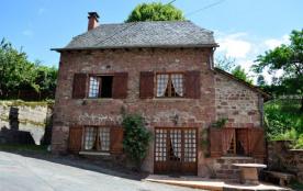 Gîte à Saint-Cyprien-sur-Dourdou (Aveyron) à 8 km de Conques