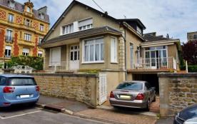 City break Chez Anneà Charleville-Mézières Maison au cœur de Charleville-Mézières, situé à proxim...
