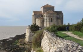 Talmont, église Ste radegonde