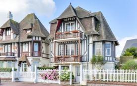 Maison normande à Deauville, vue mer