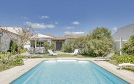 Maison de charme avec joli jardin à l'île de Ré
