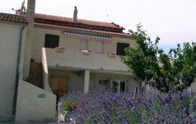 Gîtes de France l'Olivier - A proximité des Gorges de l'Ardèche, dans un environnement de garrigu...