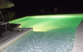Mas Provençal (210m2) climatisation Entre Alpilles Et Lubéron piscine et calme sur 2 hectares