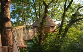 Cabane perchée originale ouverte toute l'année