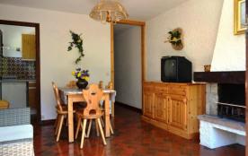 Appartement 4 pièces de 61 m² environ pour 6 personnes, la résidence Orée des Pistes A est située...