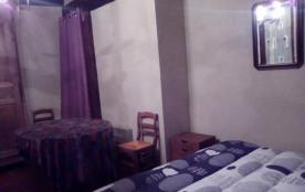 Chambre 2 personnes avec canapé
