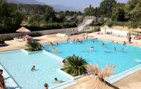 Camping Les Pins, 326 emplacements, 20 locatifs