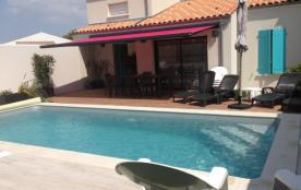Belle maison avec piscine privative chauffée