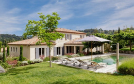 Beautiful villa between Cannes and Mougins