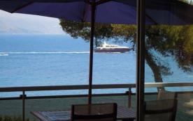 Mer et Soleil est une maison de vacances unique, dotée d'un jardin clos, située dans un environne...