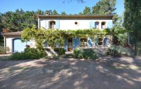 Gîtes de France L'Amandais - Belle maison indépendante de caractère provençal, située en campagne...