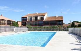 Pavillon 2 pièces mezzanine de 35 m² environ pour 6 personnes située à 300 m de la plage du Graze...