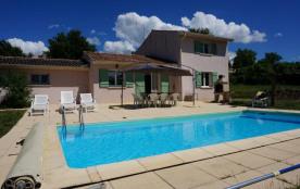 A quelques minutes de vallon Pont d'Arc, maison indépendante de très bon confort, avec vue exceptionnelle à 180° avec...