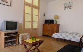 St Gilles Croix de Vie (85) - Centre ville, maison 2 pièces de 42 m² environ pour 4 personnes sit...