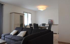 Aytré (17) - Centre - 29 Rue Pierre Coubertin. Maison 3 pièces - 73 m² environ - jusqu'à 6 person...