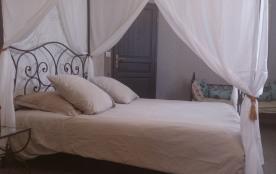 Chambre baldaquin en 160 + canapé-lit pour enfant
