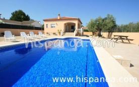 Cette maison à louer avec piscine en Espa