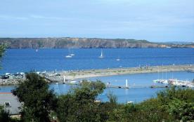 Maison avec terrasse vue mer; jardin clos; proche des commerces et de la plage