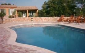 Joli mas provençal  vue panoramique avec piscine dauphin - Entrecasteaux