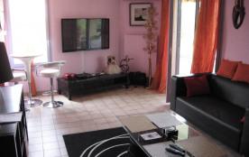 Appartement climatisé, 7 personnes avec piscine à Fréjus