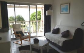 Bel appartement de 40 m², au premier étage, exposé plein sud avec belle vue dégagée sur l'océan e...