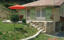 Gîte Le Châtaignier - Les gîtes sont aménagés dans une très belle maison de pierre au cœur d'une ...