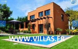 Villa CV Caipi - Jolie villa sur deux niveaux et de bon confort, située dans un cul-de-sac d'une ...