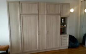 Lit armoire position jour