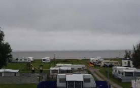 KNAUS Campingpark Fedderwardersiel, 80 emplacements, 2 locatifs
