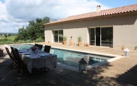 Villa Sanchez est une belle maison de vacances de plain-pied située dans le petit village de Pont...